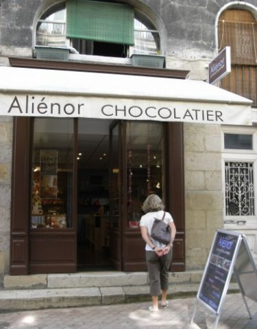 ali nor chocolatier bordeaux confiseur chocolatier. Black Bedroom Furniture Sets. Home Design Ideas