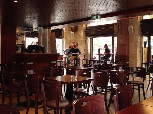 pub saint aubin bordeaux caf s bars brasseries bordeaux. Black Bedroom Furniture Sets. Home Design Ideas